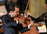 Amin Ghafari (violin), Suk Chamber Orchestra, Nikol Kraft (conductor), International Music Festival Český Krumlov 8.8.2018, source: Auviex s.r.o., photo by: Libor Sváček