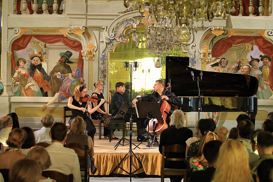 Piano trio Bacarisse (Spain), From Romanticism to the 20th century and back to Classicism, 24.7.2019, Internationales Musikfestival Český Krumlov