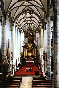 Church of St. Vitus in Český Krumlov, view of main nave and onto main altar