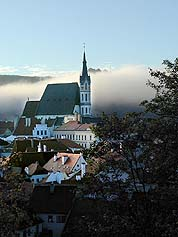 Český Krumlov, St. Vitus church in the morning mist